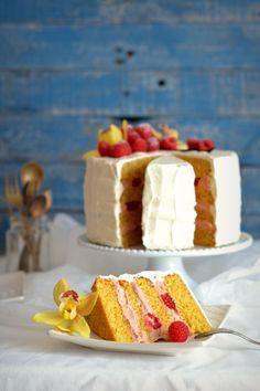 Sweet Gula: Bolo de Baunilha e Framboesa ***2º Aniversário do Blog***