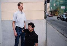 Erwin Wurm is politically incorrect on purpose - Humans in awkward poses Walker Evans, Tim Walker, Spencer Tunick, Herbert List, Mary Ellen Mark, Karl Blossfeldt, Lee Friedlander, William Wegman, Stephen Shore