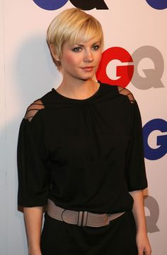 Elisha Cuthbert at the 2007 GQ Men Of The Year   Awards (December 5, 2007)