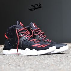 Delivery of Roses - The new Adidas D Rose 7 is out now! Adidas Basketball Shoes, Adidas Running Shoes, Sports Shoes, Running Shoes For Men, Sneakers Nike, Wsu Basketball, Addias Shoes, Boys Shoes, D Rose 7