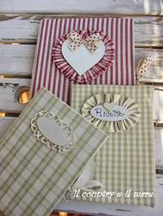 Il country e il mare - Well, dang. These are pretty cute! Scrapbook Recipe Book, Recipe Book Templates, Diy Notebook Cover, Fabric Crafts, Paper Crafts, Chicken Pattern, Sketchbook Cover, Fabric Book Covers, Fabric Journals