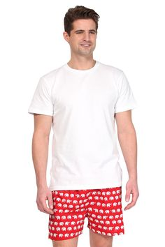 Product Details• A classic, comfortable fit with elastic covered waistband meets playful prints and vibrant colors on our men's cotton boxers.Material & Care• 100% Cotton Hand washSize & Fit• Boxer's available in all sizes (S, M, L & XL) Men's Boxers, Lounge Wear, Organic Cotton, Bull Boxer, Vibrant Colors, Classic, Fitness, Prints, Red