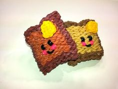 3-D Happy Toast Tutorial by feelinspiffy (Rainbow Loom). Happy breakfast food. Goes with the bacon.