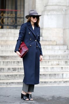 Adding mules to this tailored jacket and pants makes the entire outfit feel more casual and cool.
