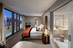 View our Place Vendôme hotel photo gallery to explore the luxury rooms, suites, meeting and wedding facilities and more at Mandarin Oriental, Paris. Mandarin Oriental, Kitchenette, Resorts, Paris Accommodation, Hotels In France, Las Vegas, H Hotel, Fine Hotels, Luxury Rooms