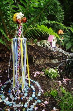 This is STUNNING! The faeries even have a May-pole!