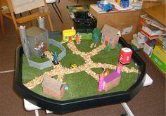 Knights and castles, small world play. Fairy Tale Activities, Craft Activities, Knights And Castles Topic, Fairy Tales Unit, Tuff Spot, Reggio Classroom, Traditional Tales, Block Play, Tuff Tray