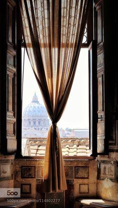 Finestra romana by GenussFotograf.