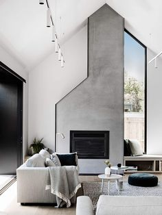 Eastwell House by Techne Architecture and Interior Design Eastwell House von Techne Architektur und Innenarchitektur Minimalistic Design, Interior Design Minimalist, Contemporary Interior Design, Modern House Design, Modern Interior Design, Interior Design Inspiration, Interior Architecture, Design Ideas, Luxury Interior