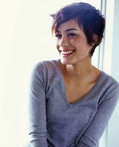 """""""Choppy, Messy, Sexy You might not think that this cut could look flattering, but actress Shannyn Sossamon certainly pulls it off"""""""