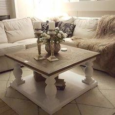 Dubai salongbord 90X90 hos @annhpede. Er ikke dette lekkert??  #classicliving. http://ift.tt/1UdJ1or