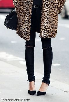 Skinny jeans and pointed heels for fab look
