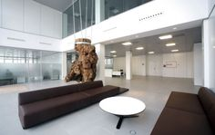 Secopsa Offices. Architect Antonio Garcia Turbi. Interior by Silvia Lozano Milla & Juan-Lopez-Tarruella Maldonado
