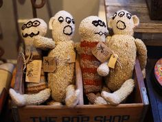 Knitted Kenana dolls at Hudson River, Vintage Furniture & Americana in Amsterdam