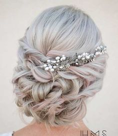 Wedding Hairstyles Medium Hair Twisted curly bridal up hairstyle with silver and pearl hair pin ~~ 45 Glamorous Wedding updos for long and medium hair Long Hair Wedding Updos, Boho Wedding Hair, Wedding Hair And Makeup, Hair Makeup, Wedding Bride, Prom Hair Updo Elegant, Boho Bride, Wedding Dresses, Grad Hairstyles