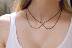 Chain Collar Necklace    Más modelos aquí: http://hellowhimsy.blogspot.com.es/2012/04/diy-collar-necklaces.html