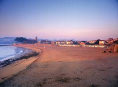Playa de Luanco al amanecer- Asturias-España   www.casapradina .com
