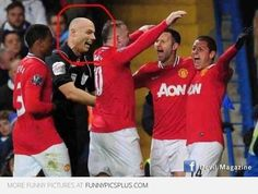 Howard Webb and Manchester United (Series) | Funny Pictures