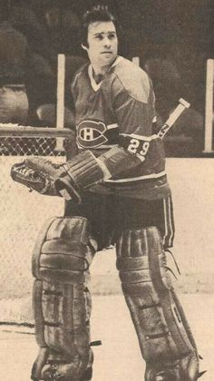 Ken Dryden Stars Hockey, Ice Hockey Teams, Hockey Goalie, Hockey Players, Montreal Canadiens, Mtl Canadiens, Nhl, Ken Dryden, Goalie Pads
