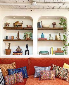 Interior Design Inspiration, Home Interior Design, Justina Blakeney, Decorative Pillows, Decor Pillows, Shelving, Bookcase, Furniture, Instagram