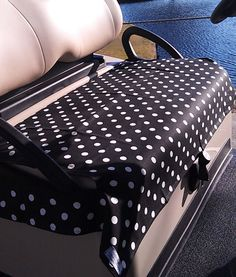 The Golf Chic Bags Ladies Golf Cart Seat Covers make great gifts for yourself and too all golf lovers out there! #golf #polkadots #seatcovers #lorisgolfshoppe