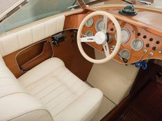 A classic Italian motor boat — of a type widely regarded as one of the most beautiful ever built — will cross the block in May at an auction in Monaco. Chris Craft, Speed Boats, Power Boats, Boat Steering Wheels, Boat Wheel, Riva Boat, Classic Wooden Boats, Classic Boats For Sale, Perfect Road Trip