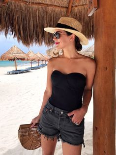 15 Casual-Chic Beach Outfits To Try This Swimsuit Season, Beach Outfits, This swimsuit season, ditch the cheesy coverups and make those classic pieces in your closet splash worthy. We show you 15 casual-chic beach outfits t. Cancun Outfits, Pool Party Outfits, Mexico Vacation Outfits, Outfits For Mexico, Summer Vacation Outfits, Beach Outfits, Outfit Beach, Outfit Summer, Summer Shorts