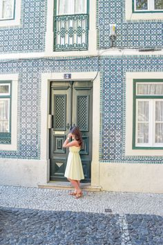 Lisbon is one of the most picturesque cities in Portugal and all of Europe. This is a guide on the photo spots Lisbon, Portugal. Portugal Travel, Spain And Portugal, Lisbon Portugal, Spain Travel, Barcelona Travel, Portuguese Tiles, European Travel, Croatia, Places To Go