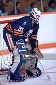 Daren Puppa (1985-93) Hockey Goalie, Hockey Games, Ice Hockey, Goalie Mask, Buffalo Sabres, Sports Pictures, Ol, Motorcycle Jacket, Masks