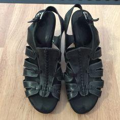 "Aerosoles 7.5 size black leather sandal. Aerosoles  7.5 size black leather sandal. Good condition and stylish. So Comfortable has a cushion. Heel 3.5"" front heel 0.5"" AEROSOLES Shoes Sandals"