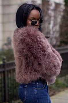 millennielle blogger fur jacket dusty pink pink jacket