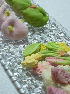 愛らしく春の和菓子