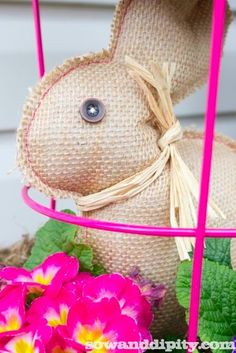 burlap Easter bunny craft, bunni project, easter decor, easter eggs, baskets, last minute, easter bunny, burlap bunni, minut burlap