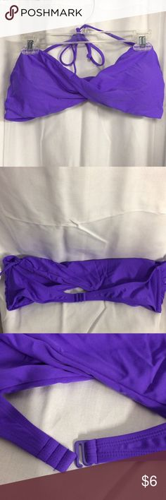 XL Old Navy Bikini Top XL purple Old Navy Bikini top with pads and removable straps. Brand new, perfect condition. Old Navy Swim Bikinis