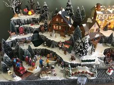 1 million+ Stunning Free Images to Use Anywhere Diy Christmas Village Displays, Department 56 Christmas Village, Christmas Tree Village, Christmas Village Collections, Christmas Town, Etsy Christmas, Christmas Villages, Noel Christmas, Vintage Christmas Ornaments