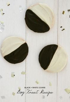 Black & White #dog Treat #recipe on the BBS Healthy Dog Blog! Click for the full recipe! // BestBullySticks.com