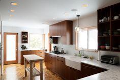 kitchen Portland House, Kitchen Island, Table, Furniture, Home Decor, Island Kitchen, Homemade Home Decor, Mesas, Home Furnishings
