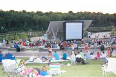 Drive-ins, dive-ins, movies in the park and other great places to see outdoor movies in St. Louis.