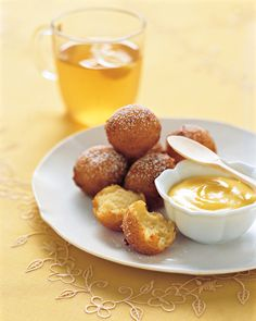 The batter for these cloudlike fritters is flecked with lemon zest for a flavor that's subtle rather than sharp. A side of cool, satiny lemon curd for dipping reinforces the citrus theme -- and almost upstages the main event.