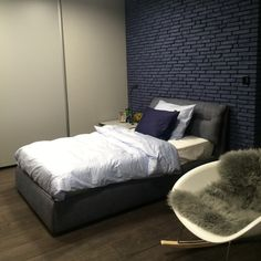 Tehličky RAINBOW SNOWDUST v modrom Bedroom Inspiration, Rainbow, Furniture, Home Decor, Rain Bow, Rainbows, Decoration Home, Room Decor, Home Furnishings