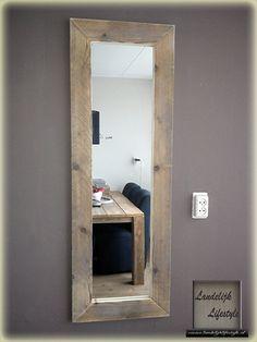 Voor luxe, kwaliteit spiegels met een lijst van steigerhout. (elke afmeting)