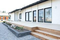 Kastelli Asuntomessut 2017 Outdoor Decor, Decor, Garage Doors, Home, Doors, Home Decor
