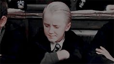 Endless Harry Potter Gifsets ↳ Harry Potter and the Philosopher's Stone + Draco Malfoy Tom Felton Harry Potter, Harry Potter Gif, Harry Potter Characters, Draco And Hermione, Harry Potter Draco Malfoy, Severus Snape, Ron Weasley, Hermione Granger, Drarry