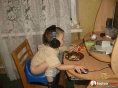 12 Hilarious Multitaskers Who Have No Time to Waste! 8 - https://www.facebook.com/diplyofficial