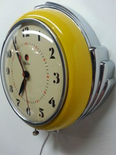 Vintage Art Deco Chrome Yellow GE Telechron 2H09 Kitchen Clock | eBay