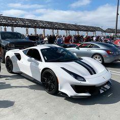 Luxury Sports Cars, Exotic Sports Cars, Best Luxury Cars, Sport Cars, Prestige Car, Racing Stripes, Hot Wheels Cars, Top Cars, Car Photos