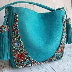 Diy Bag Designs, Cosplay Boots, Embroidery Bags, Diy Handbag, Handbag Patterns, Boho Bags, Patchwork Bags, Beaded Bags, Fabric Bags