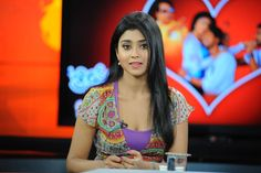 Shriya saran....one hell of a beauty