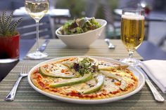 Jumeirah Lowndes Hotel - London Restaurant - pizza - The ideal spot for summer dining, Terrace was named one of London's top al fresco restaurants in 2011. Sit back and enjoy the sun with the company of your friends, family or colleagues in this open courtyard restaurant