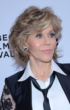 Hairstyles: Jane Fonda's Medium Layered Hairstyle at the 2016 Tribeca Film Festival | Sophisticated ALLURE